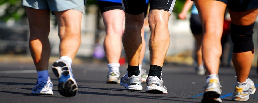 چگونه یک کفش پیاده روی مناسب انتخاب کنم