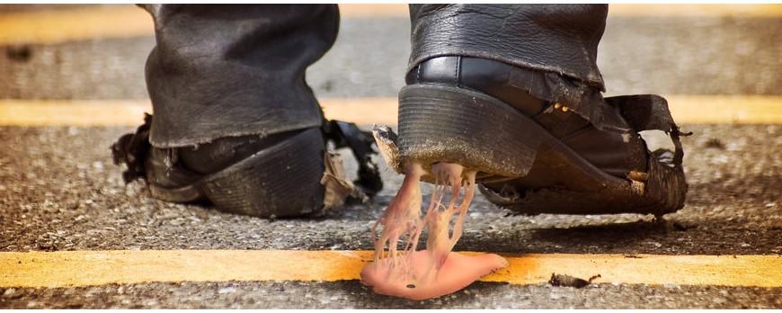 با آدامسی که به کفشم چسبیده چه کار کنم
