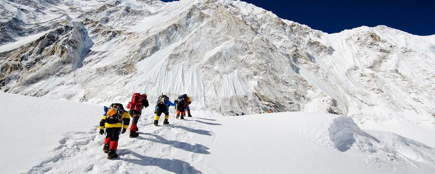انواع کفش های کوهنوردی و طبیعت گردی