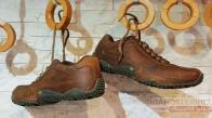 ترفندهای ساده برای تمیز کردن انواع کفش ها